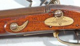 FINE NEW ENGLAND WORCESTER-SHREWSBURY SCHOOL FLINTLOCK LONG RIFLE CA. 1810-20. - 10 of 12