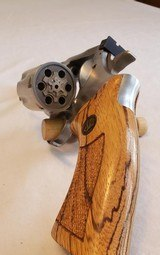 DAN WESSON stainless 22LR revolver - 5 of 12