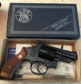 Smith and Wesson 19-3 (Snub, orig. box and tools!)