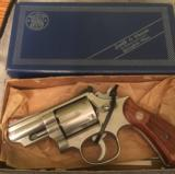 Smith and Wesson 66-1 with orig. box and papers