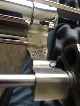 Smith and Wesson 29-2 (nickel, 4 inch) - 3 of 5