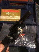 Colt Detective Special (2 in., blue, orig. box, unfired) - 3 of 6