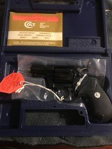 Colt Detective Special (2 in., blue, orig. box, unfired) - 1 of 6