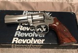 Smith and Wesson 686-3 (4 in, orig. box)