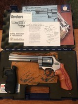 Smith and Wesson 629-4 Classic (6 1/2 in., box, custom grips)