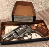 Smith and Wesson 66-1 (2 in, box, P and R)