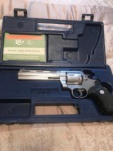Colt Anaconda (6 in, box, papers)