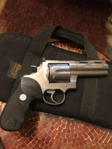 Colt Anaconda (4 inch,.44 mag)