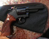 Smith and Wesson 19-3 (4 in, blue, 3 T's) - 2 of 6