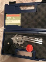 Colt Anaconda (6 in, stainless, box) - 2 of 5