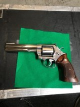 Smith and Wesson 629-1 (6 in, full lug, unfluted)