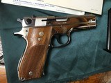 Smith and Wesson model 39-2 - 5 of 10