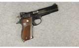 Smith & Wesson ~ 52-1 ~ .38 SPL Mid-Range.