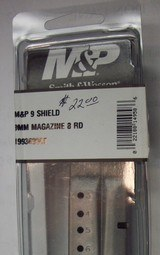 Smith & Wesson 9mm Shield mag. - 1 of 1