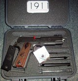Springfield Armory 1911-A1 MIL SPEC. .45 ACP - 4 of 4