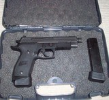 Sig Sauer P226 TACOPS 9mm.