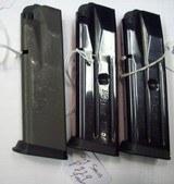 Sig P229 9mm. Mags