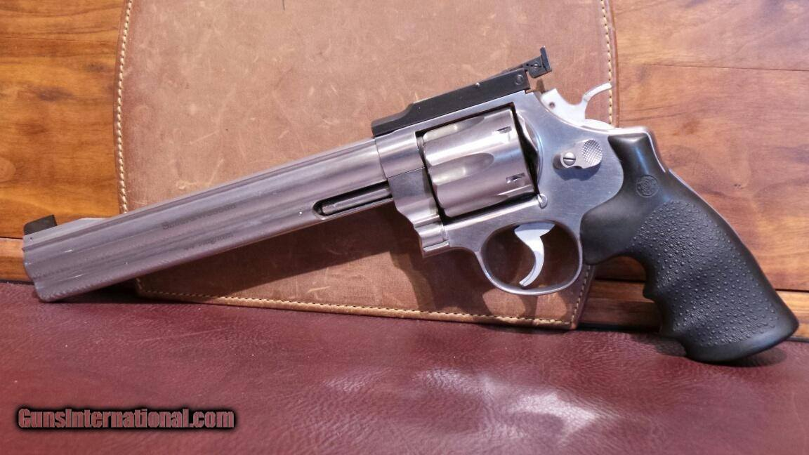Smith & Wesson 629 DX Classic  44 Mag for sale