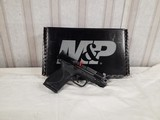 SMITH@ WESSON M2.0 COMPACT 4 INCH