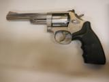SMITH & WESSON 66-5 - 2 of 4
