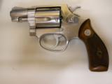 SMITH AND WESSON MODEL 60 - 1 of 3
