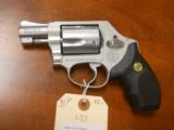 SMITH & WESSON MODEL 637 - 2 of 3