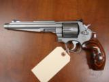 SMITH & WESSON PERFORMANCE CENTER 629 - 1 of 3