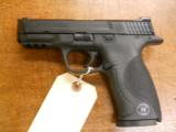 SMITH & WESSON M&P-40 - 1 of 3