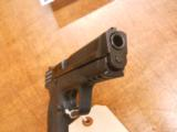 SMITH & WESSON M&P40 - 3 of 3