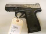 SMITH & WESSON SD40 VE - 1 of 2