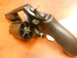 SMITH & WESSON GOVERNOR - 2 of 3