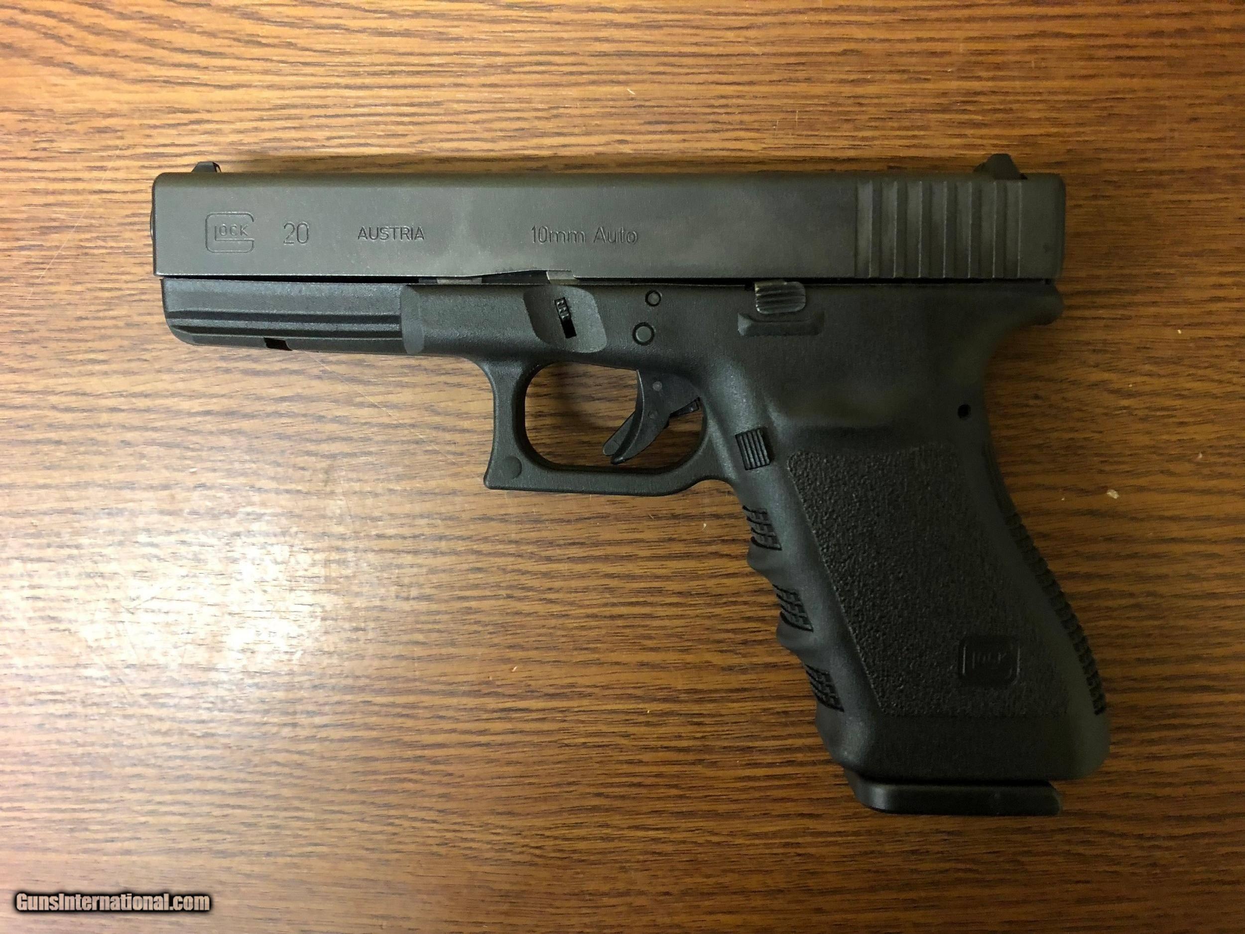 Glock 20 G20SF Pistol PF2050203, 10mm