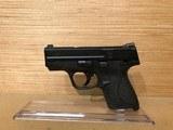 Smith & Wesson M&P Shield Pistol 180020, 40 S&W