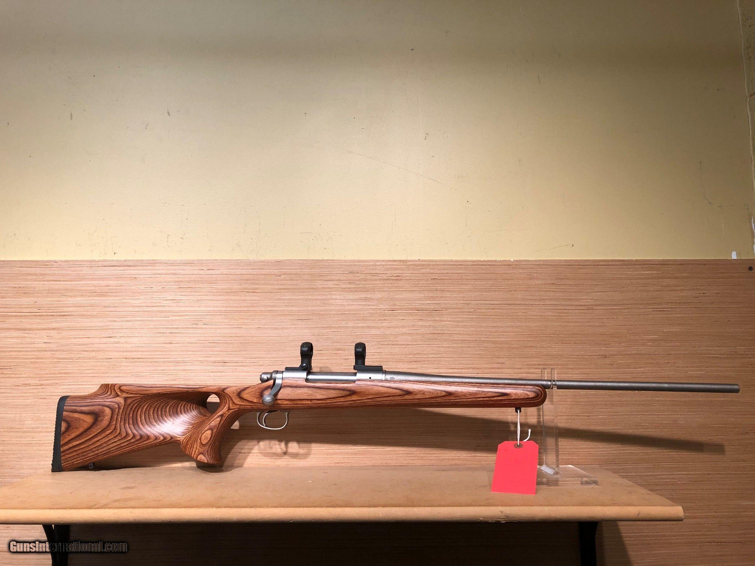 Thumb hole stock remington 700 adl
