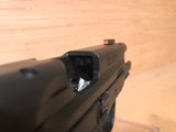 Smith & Wesson 11683 M&P M2.0 Compact 9mm - 3 of 5