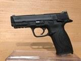 Smith & Wesson M&P 9 Full Size Semi-Auto Pistol 206301, 9mm