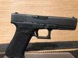 Glock 22 Gen4 Pistol PG2250203, 40 S&W - 2 of 5