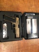 Sig 1911 Emperor Scorpion Pistol 1911R45ESCPN, 45 ACP - 6 of 8