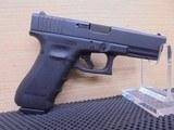 GLOCK 22 .40SW GEN4 FIXED SIGHTS 15-SHOT BLACK REBUILT – Glock UR22591 - 1 of 3