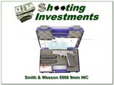 Smith & Wesson 5906 Stainless 9mm unfired in case