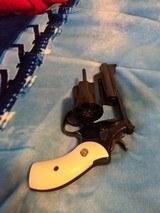 Original Smith & Wesson M 29; mountain gun