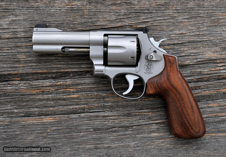 взглянуть смит вессон револьвер модели фото это катаральное или