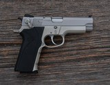 Smith & Wesson - 4003 - .40 S&W