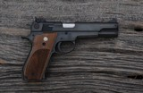Smith & Wesson - 52-2 - .38 Special