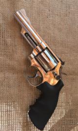 Smith and Wesson model 19,357 Combat Magnum Revolver P&R