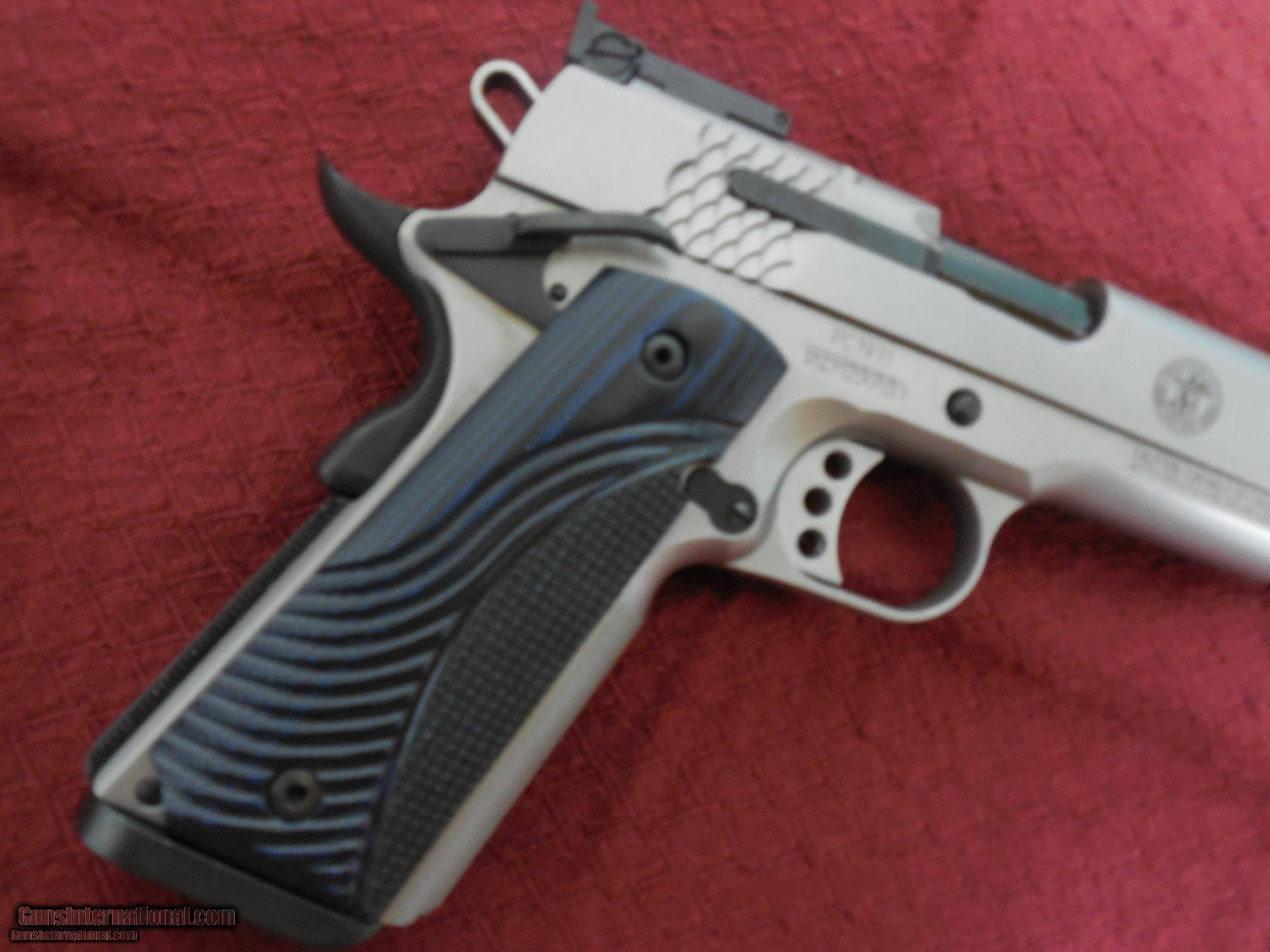 Smith and Wesson 1911 Performance Center Stainless  45 ACP 5