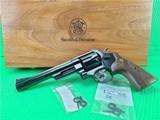 NIB Smith and Wesson Model 29-10, 44 mag, 6.5 in w/presentation case