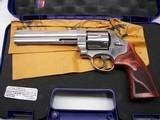 Smith & Wesson 629-6 Deluxe, 6.5in .44mag 6-shot DA/SA revolver NIB
