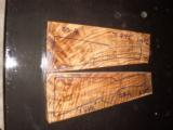 Turkish walnut shotgun or 2 piece rifle blank - 2 of 5
