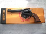RUGER SINGLE SIX CAL. 32 H&R MAG. 5.5 IN. UNFIRED IN THE ORIGINAL BOS & SLIVE.